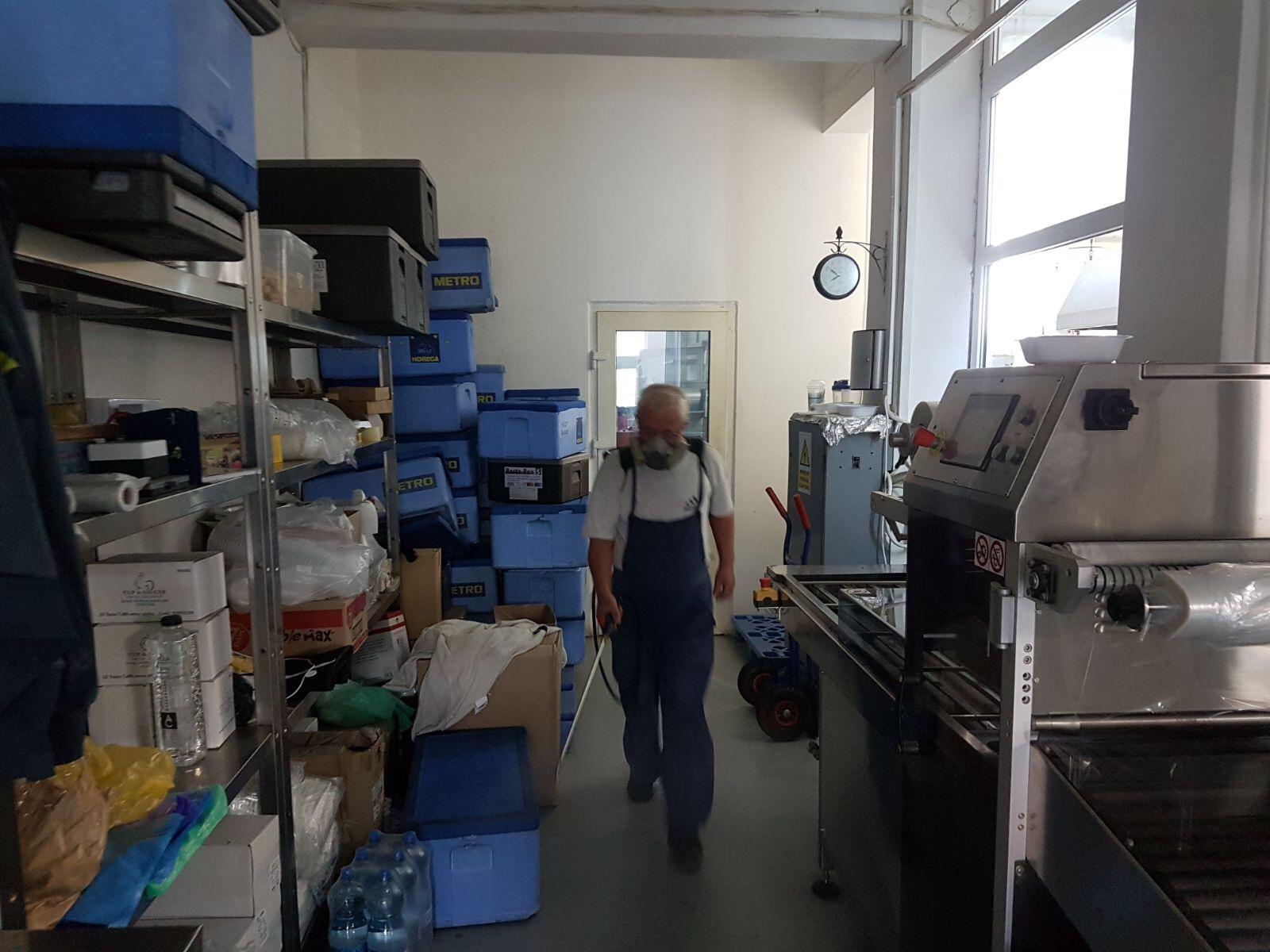Dezinsectie Oradea Restaurant Select